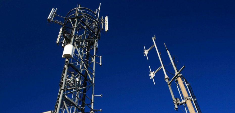 SFR-Bouygues-Telecom-et-Orange-quel-est-le-meilleur-reseau-mobile-.jpg
